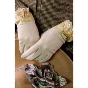 Accessories - Cashmere Gloves